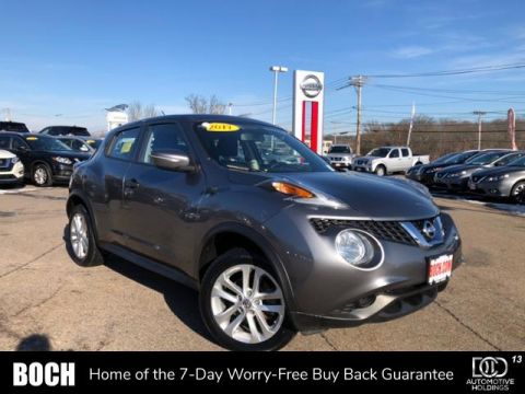 Pre-Owned 2017 Nissan JUKE AWD S